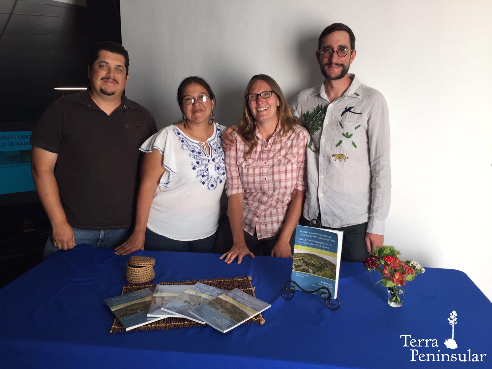 Presentación de libro de flora y fauna de Baja California
